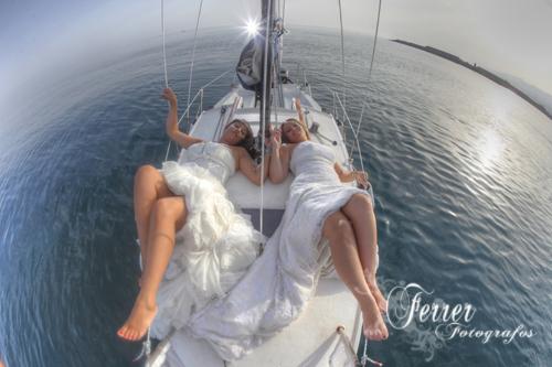Por la costa de Adra nos divertimos fotografiando a dos jovenes novias (4/5)