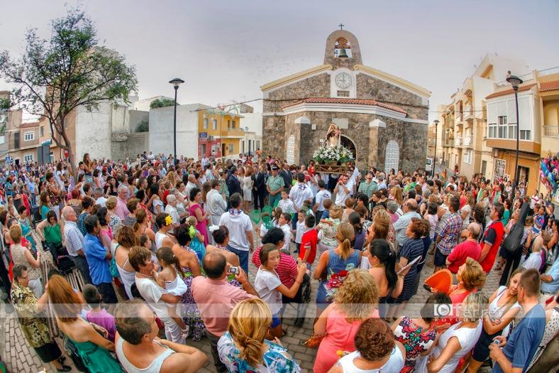 Salida de la Virgen del Carmen Balerma año 2012