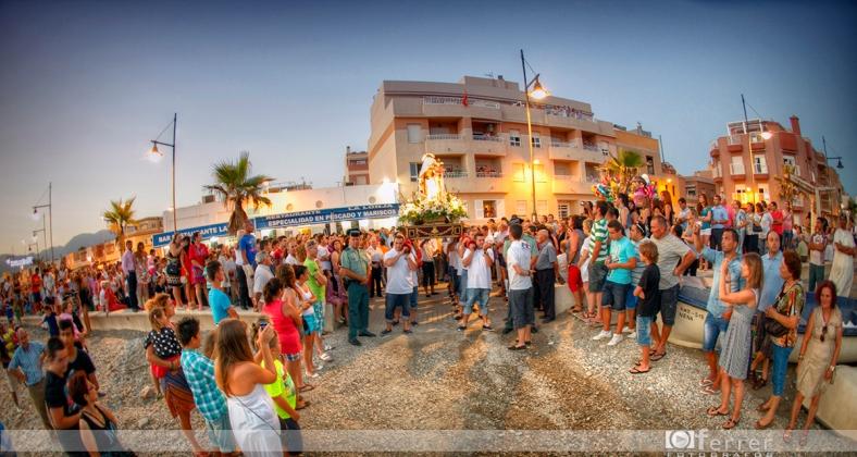 Zona de embarcada de la Virgen del Carmen Balerma año 2012