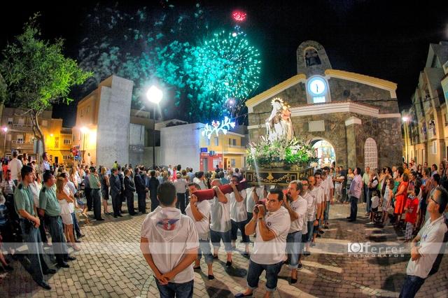 Castillo de llegada de la Virgen del Carmen Balerma año 2012